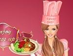 لعبة تلبيس الطباخة الوردية
