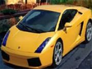 لعبة السيارة الصفراء