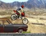لعبة دباب القفز فوق السيارات القديمة